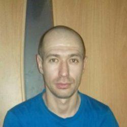 Молодой, красивый парень ищет девушку для секса в Чебоксарах