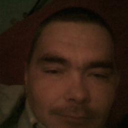 Симпатичный парень ищет девушку на ночь в Чебоксарах