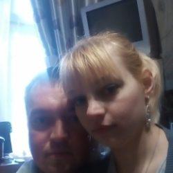 Молодая раскрепощенная пара хочет найти девушку для встреч на постоянной основе